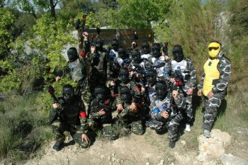 Grupo despedida de soltero en Paintball