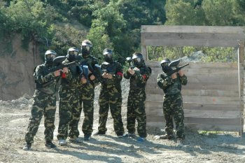 Grupo en Base Bosque Paintball